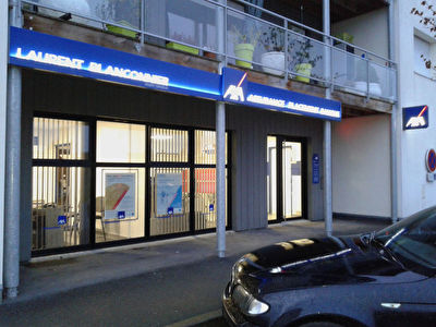 Local SAINTE PAZANNE CENTRE 70m²